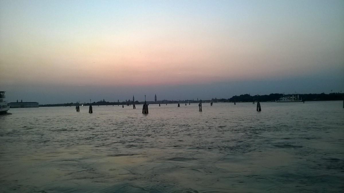Lido -Venetsian rantalomakylä