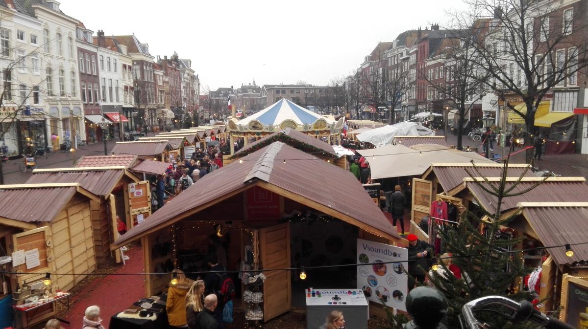 Joulumarkkinoilla Leidenissa
